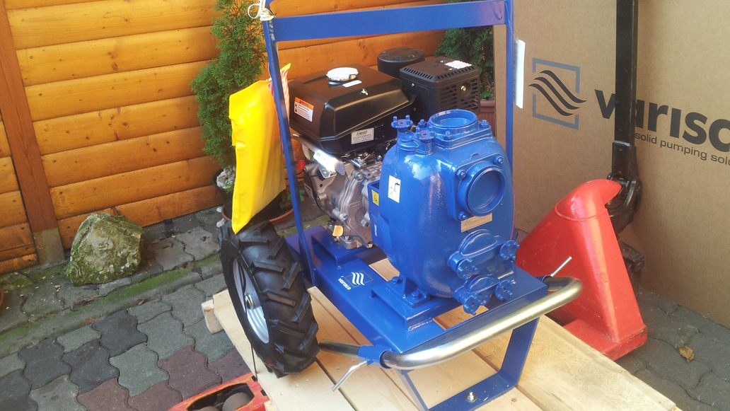 Вихревой насос Varisco JB3-140 G10 с двигателем внутреннего сгорания на раме - версия с тележкой